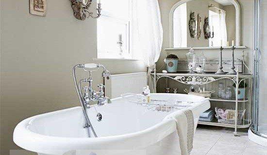 Как избавиться от плесени в ванной?