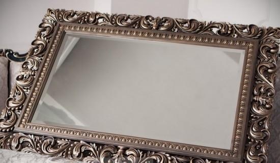 Помыть зеркало без разводов