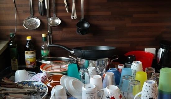 Мытье посуды?