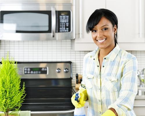 being-a-housekeeper-can-be-a-rewarding-career-_16000928_51532_1_14085977_500