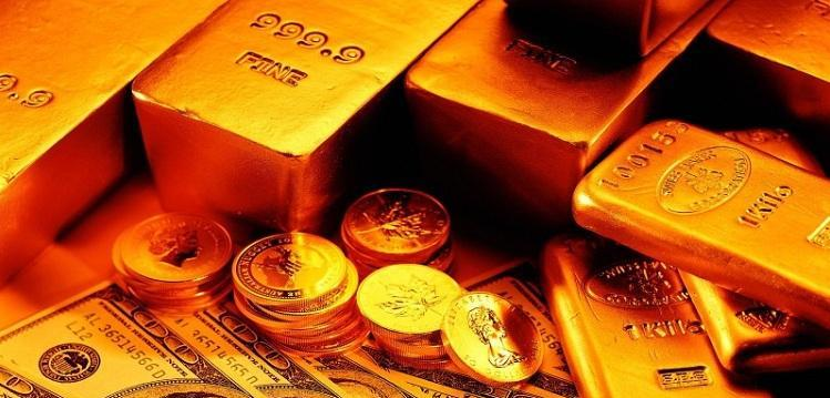 image_of_gold_bullions_and_anerican_money