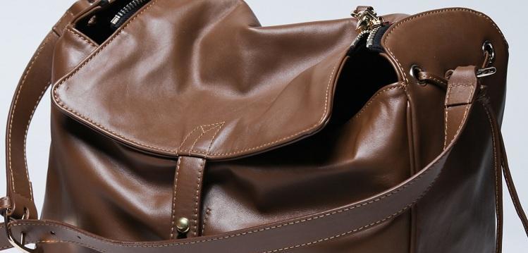98756d47091e Как убрать потертости на кожаной сумке? - Советы на все случаи жизни