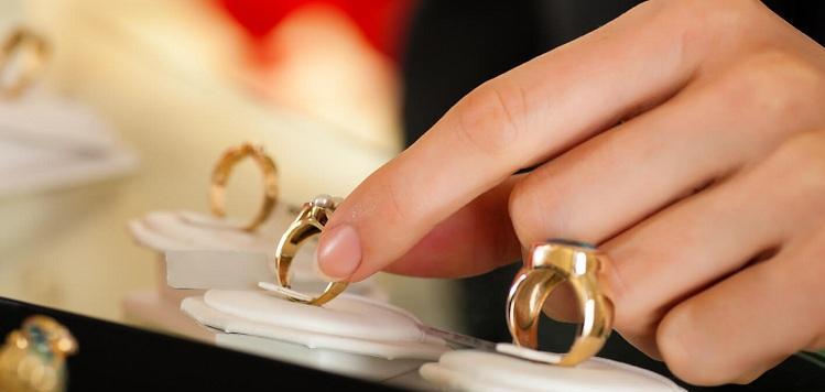 choosing-a-ring-1