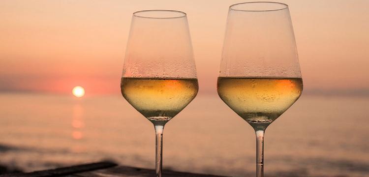 white-wine-summer-ftr
