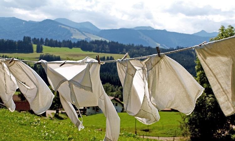 laundry-963150_1280