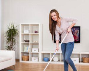 Как ухаживать за ламинатом в квартире?