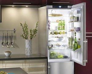 Чем приклеить резинку в холодильнике?
