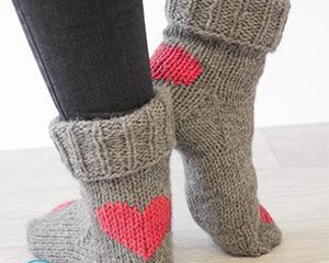 Как починить пятку на вязаном носке?