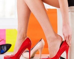 Как избавиться от вони от обуви?