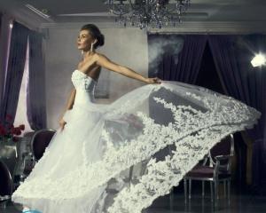 Отпарить свадебное платье