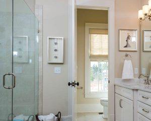 Порог в ванной комнате — как сделать?
