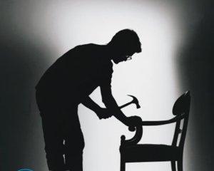 Чем склеить деревянный стул?