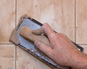 Средство для удаления затирки из швов плитки
