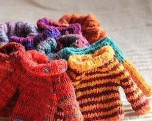 Как постирать свитер, чтобы он сел?