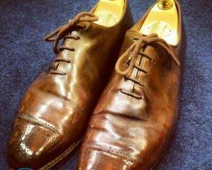 Как смягчить кожу на обуви?