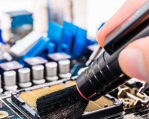 Как почистить системный блок от пыли в домашних условиях?