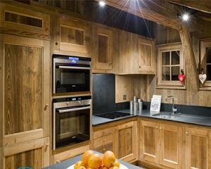 Кухня своими руками из дерева