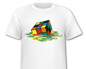 Как складывать футболку — видео