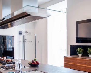 Телевизор на кухню — какой выбрать?