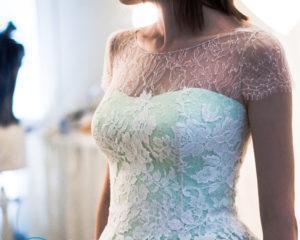 Как сшить платье из шелка?