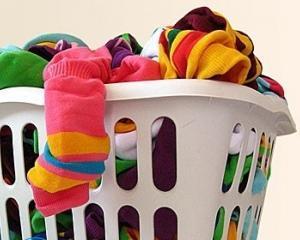 Как вывести жирные пятна с одежды в домашних условиях?
