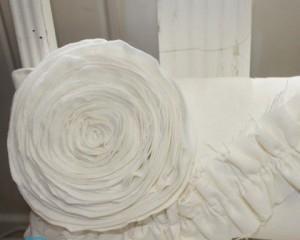 Как сшить подушку-розу?