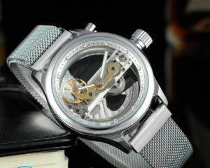 Как почистить часы в домашних условиях?