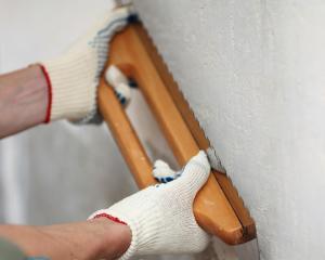 Как проверить ровность стен?