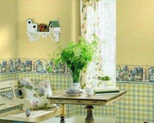 Желто-зеленые обои на кухне