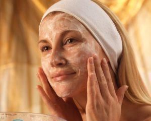 Жирная кожа лица — как избавиться в домашних условиях?