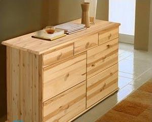 Чем покрасить мебель из сосны?