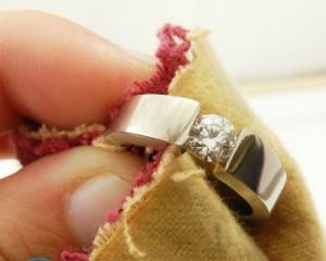 Чем почистить золото в домашних условиях — цепочки, браслеты, кольца