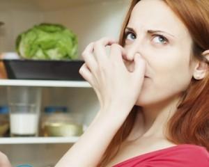 Как убрать неприятный запах в квартире в домашних условиях?