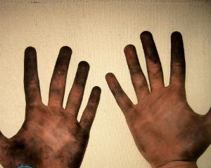Чем отмыть краску с принтера с рук?