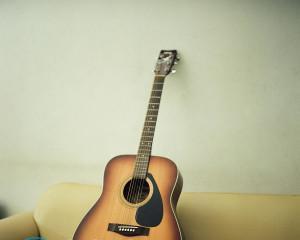 Как сделать гитару своими руками?