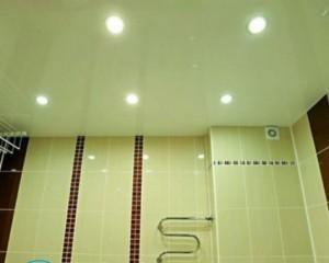 Что делают сначала — натяжной потолок или обои?